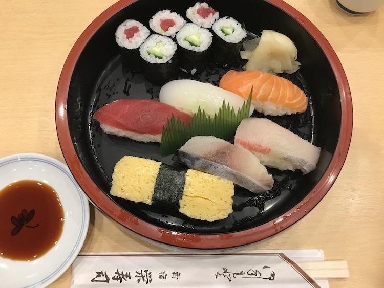 栄寿司のランチ1人前