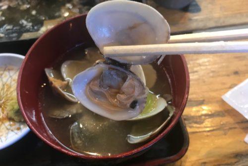 タカマル鮮魚店味噌汁おいしい